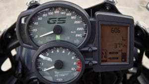 2017 BMW F700GS instrument cluster