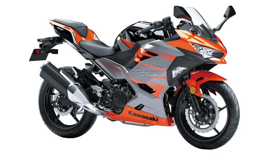 kawasaki s ninja 400 arrives motorcycle life. Black Bedroom Furniture Sets. Home Design Ideas